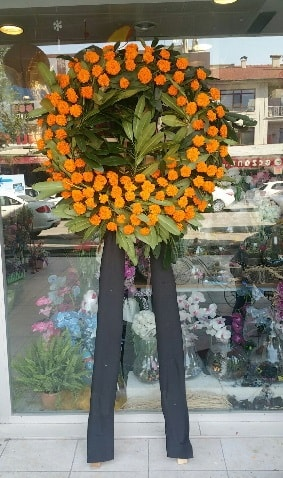 Cenaze çiçeği cenaze çelengi çiçek modeli  Şırnak çiçek , çiçekçi , çiçekçilik