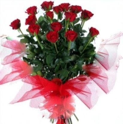 15 adet kırmızı gül buketi  Şırnak 14 şubat sevgililer günü çiçek