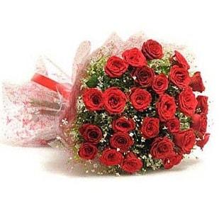 27 Adet kırmızı gül buketi  Şırnak çiçek siparişi sitesi