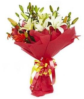 5 dal kazanlanka lilyum buketi  Şırnak çiçekçi telefonları